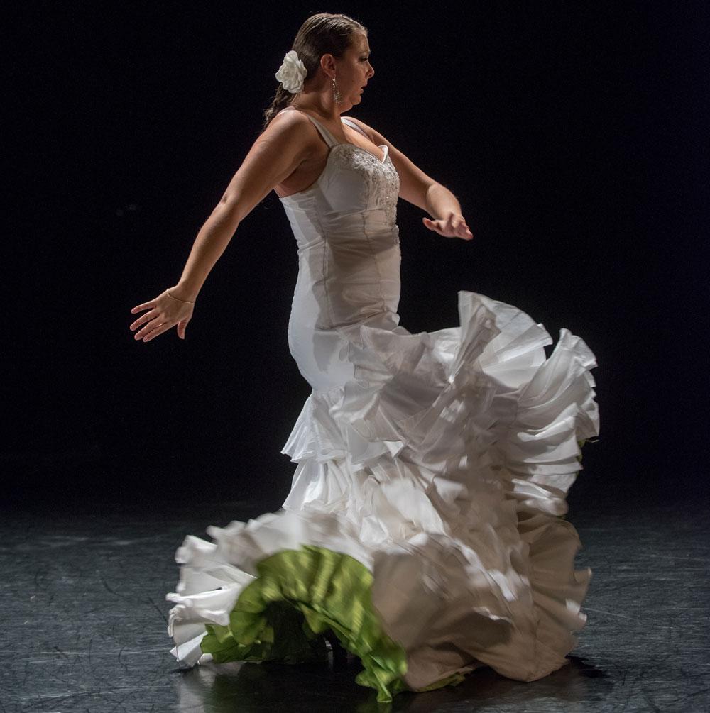 Johely Triana in mid dance